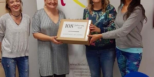 """Les """"108 salutacions al sol"""" a la Noguera recapten 390 euros a benefici de L'Estel"""