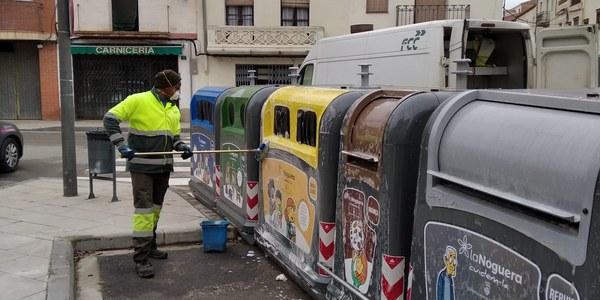 Es reforça la neteja i la desinfecció dels contenidors de residus de la Noguera