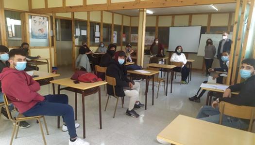 Les 13 persones contractades dins el programa de Treball i Formació del Consell Comarcal de la Noguera inicien un curs d'habilitats de comunicació i treball en equip
